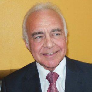 Dr. Stefan Duschek